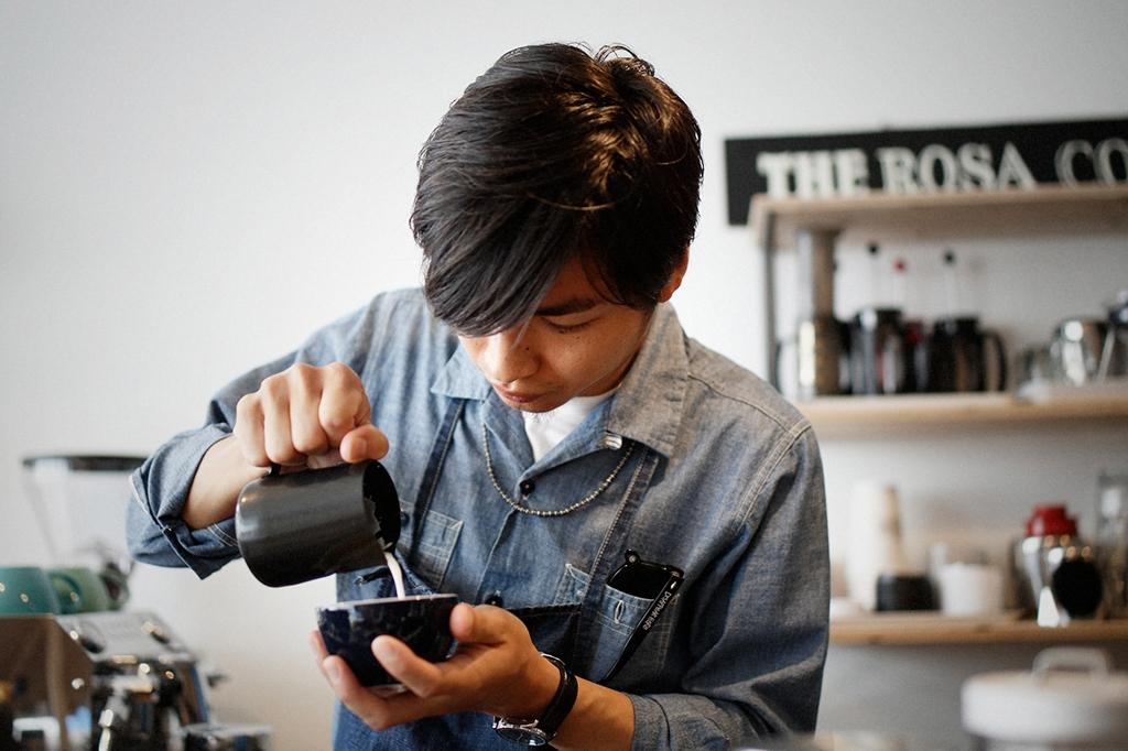 05/25(雨) – ROSA COFFEE オーナー兼バリスタ (31歳)-26
