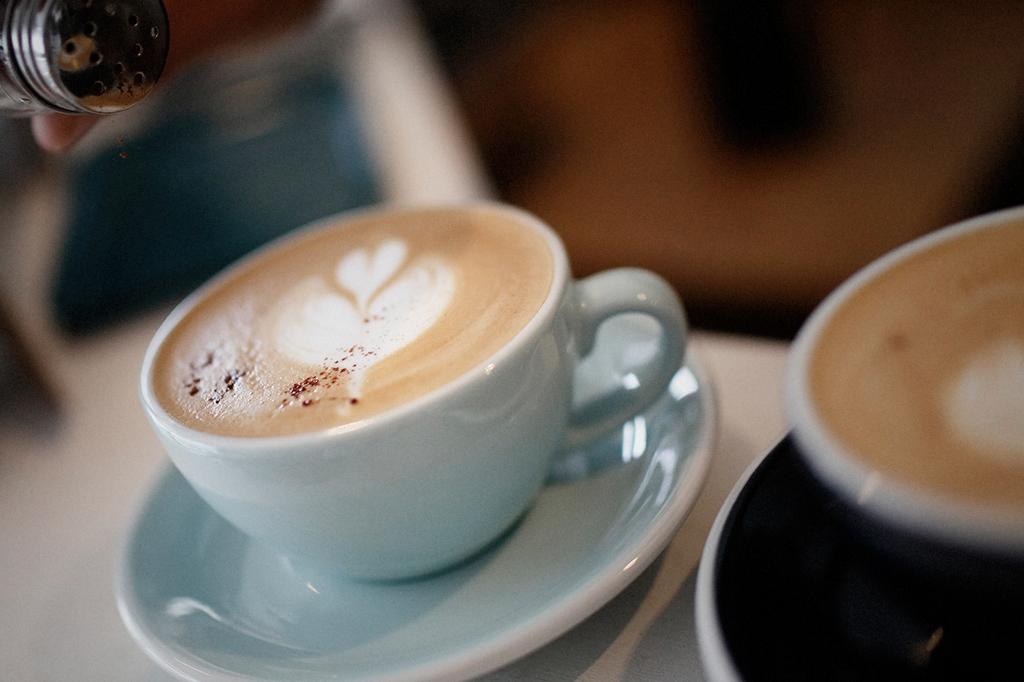 05/25(雨) – ROSA COFFEE オーナー兼バリスタ (31歳)-27