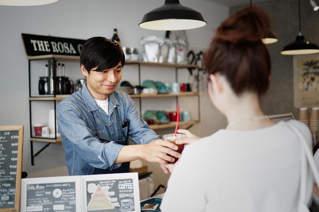 05/25(雨) – ROSA COFFEE オーナー兼バリスタ (31歳)-33