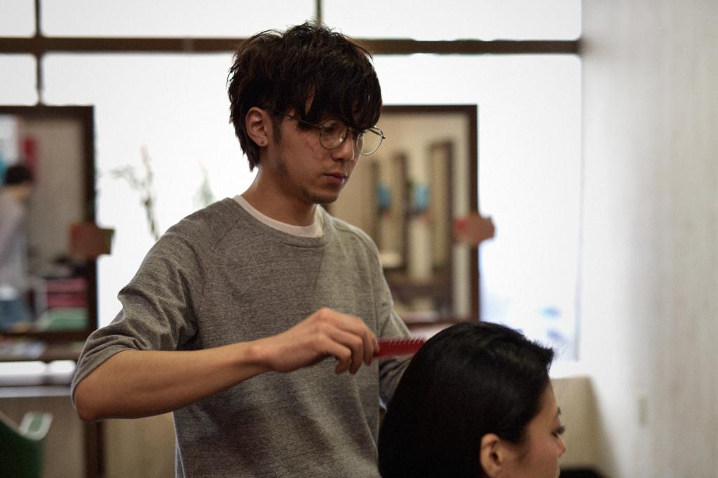 05/20(曇り) – 美容師 (26歳)-021