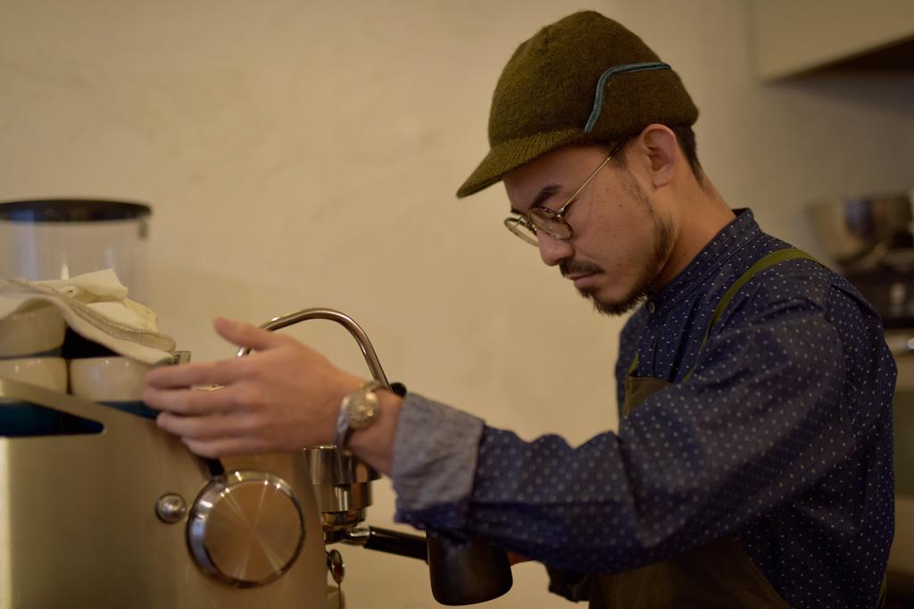 02/03(晴れ) – 恋史郎コーヒー オーナー (30歳)-17