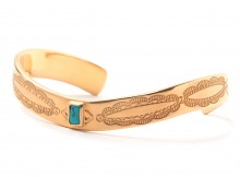 METAPHORE-SQUARE STONE BANGLE - Gold