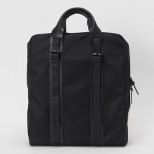 Hender Scheme / エンダースキーマ | square bag - Black / Black