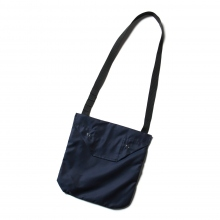 ENGINEERED GARMENTS / エンジニアドガーメンツ | Shoulder Pouch - PC Iridescent Twill - Navy