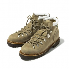 and wander / アンドワンダー | trekking boots by paraboot - Beige