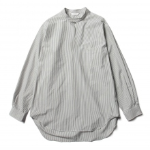 WELLDER / ウェルダー | Buck Side Tucked Band Collar Pullover Shirt - White × Navy Stripe
