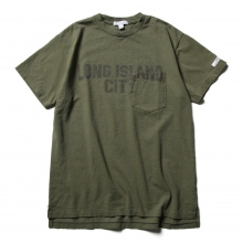 ENGINEERED GARMENTS / エンジニアドガーメンツ | Printed Cross Crew Neck T-shirt - Long Island City - Olive