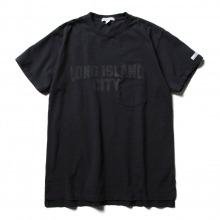 ENGINEERED GARMENTS / エンジニアドガーメンツ | Printed Cross Crew Neck T-shirt - Long Island City - Navy