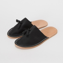 Hender Scheme / エンダースキーマ | leather slipper - Black