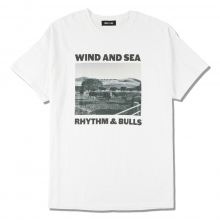 WIND AND SEA / ウィンダンシー | WDS (BULLS) PHOTO T-SHIRT - White ☆