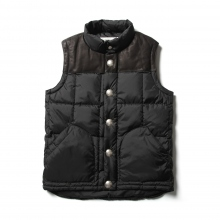 ....... RESEARCH | Vest with Concho Buttons - Black