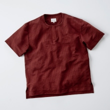 CURLY / カーリー | PROSPECT KEY NECK TEE